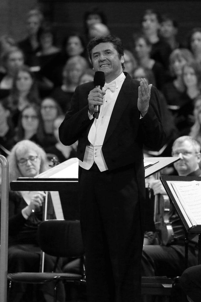 Franz-Jochum-Portrait-Konzert-sw_cmpr